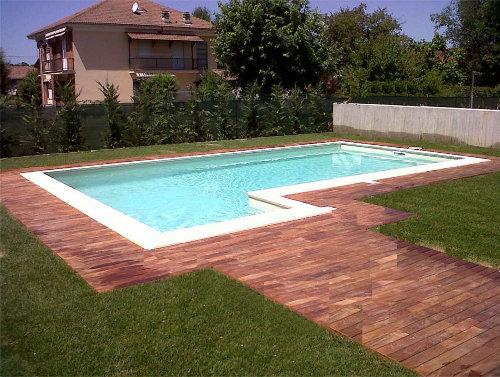 Vivere l 39 esterno deck per esterni - Piastrelle per piscina esterna ...