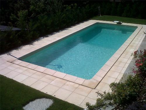 Vivere l 39 esterno deck per esterni - Piastrelle bordo piscina ...