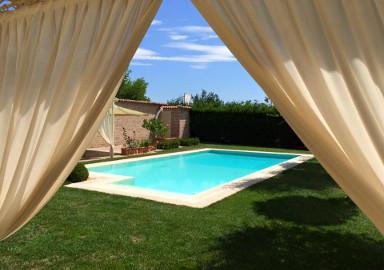 Costruzione e vendita piscine interrate e fuori terra - Costo piscina chiavi in mano ...