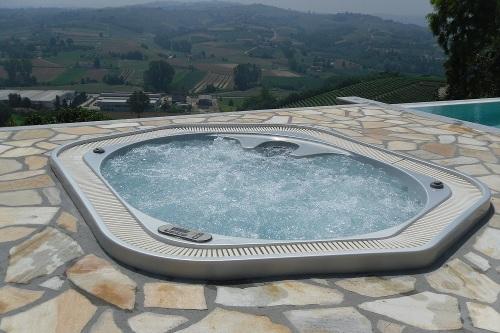 Bordo Vasca Da Spa : Acqua spa: costruzione idromassaggi e minipiscine spa