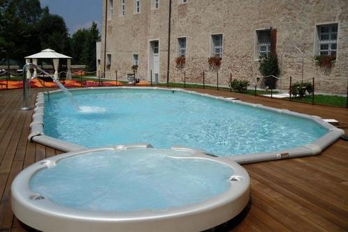 Acqua spa immagini piscine le realizzazioni acqua spa for Piscina fuori terra interrata