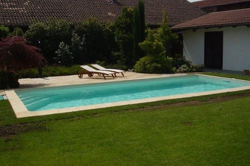 Acqua spa immagini piscine le realizzazioni acqua spa for Piscine 4x8