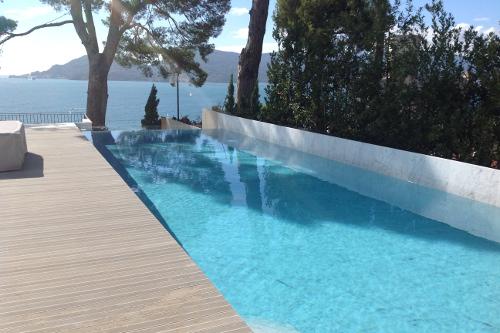 Acqua spa immagini piscine le realizzazioni acqua spa - Piscine in cemento ...