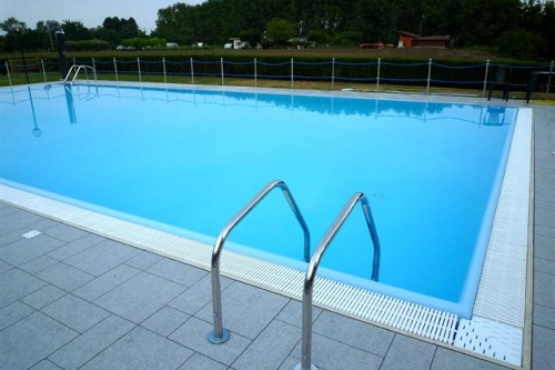 Acqua spa immagini dettagli piscine le realizzazioni acqua spa - Bordo perimetrale piscina prezzi ...