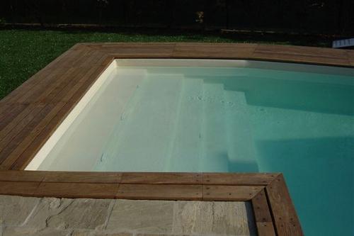 Acqua spa immagini scale per piscine scale in muratura scale in acciao - Piscine in pietra ...