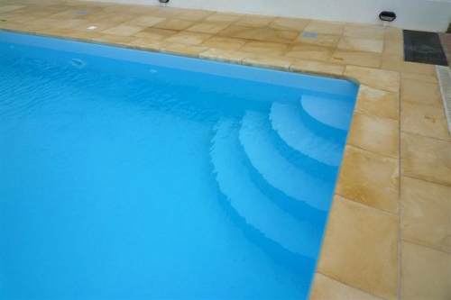 Acqua SPA: immagini scale per piscine - scale in muratura - scale in acciao