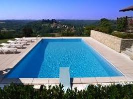 Tipi di bordo piscine interrate bordo a sfioro - Piscina sotto terra ...