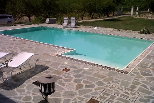 Acqua spa photogallery le piscine piscine a sfioro e a skimmer - Trattamento acqua piscina ...